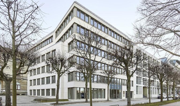 Edificio de oficinas prime situado en el distrito de St. Georg, Hamburgo.