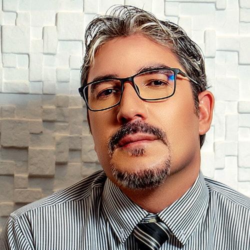 Paulo Medina